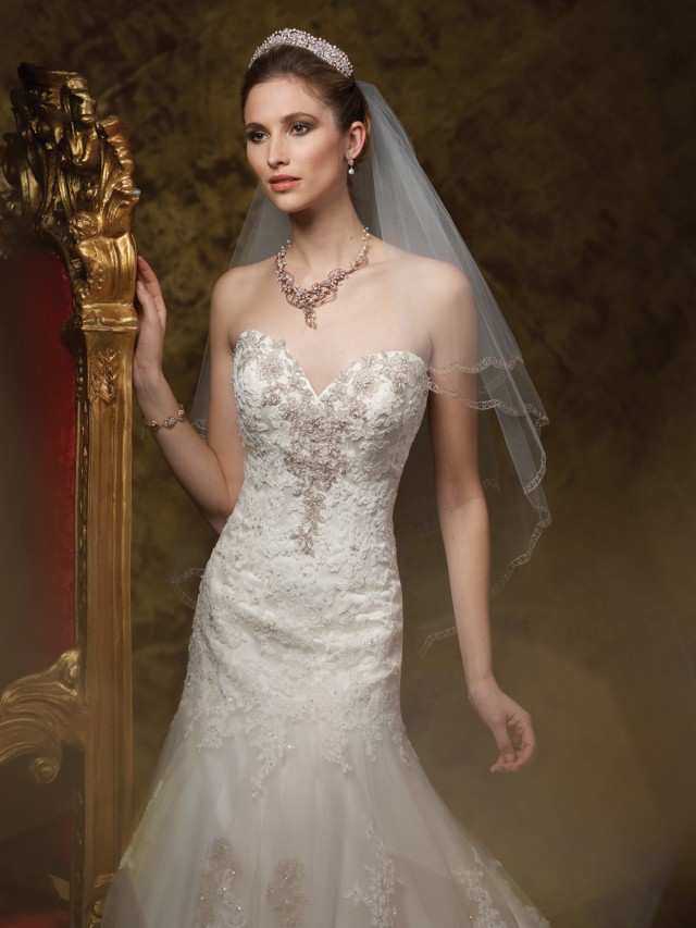 http://iranbanou.com/upload/a/bridal-fall-2014-1-640x853.jpg