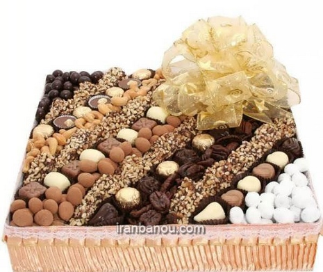 تزیین شکلات شب چله برای عروس