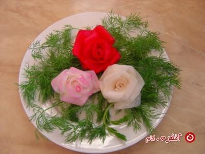 آموزش مرحله به مرحله گل با شلغم برای تزیین سالاد و غذا
