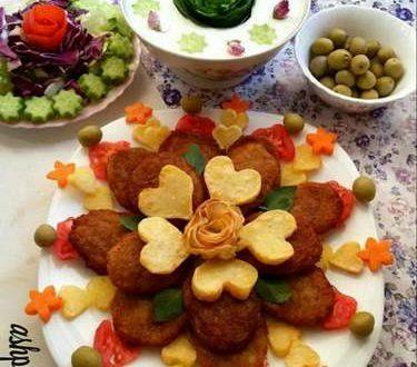 تزیین کوکو سبزی با قالب