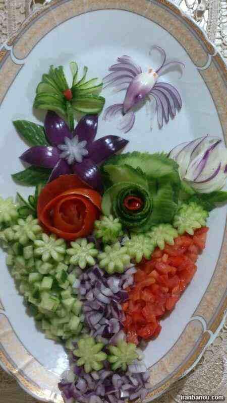 تزیین سالاد به شکل گل