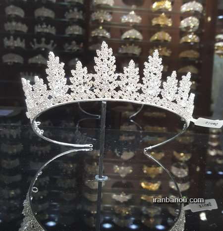 مدل مو عروس با تاج ملکه ای