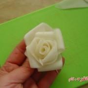آموزش گل با شلغم برای تزیین سالاد (5)