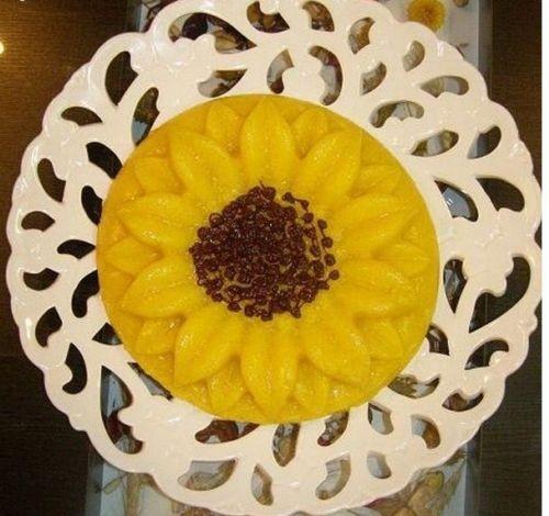 تزیین شله زرد نذری,تزیین شله زرد,تزئین شله زرد,سفره افطار,سفره آرایی,تزیین شله زرد افطار,آموزش تزیین شله زرد ,تزیین سفره افطار,تزیین سفره ماه رمضان,هنر در خانه