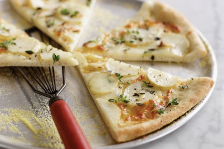 پیتزا سیب زمینی و پنیر,طرز تهیه پیتزا سیب زمینی و پنیر