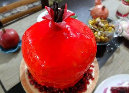 تزیین کیک شب یلدا,تزیین کیک شب یلدا به شکل هندوانه