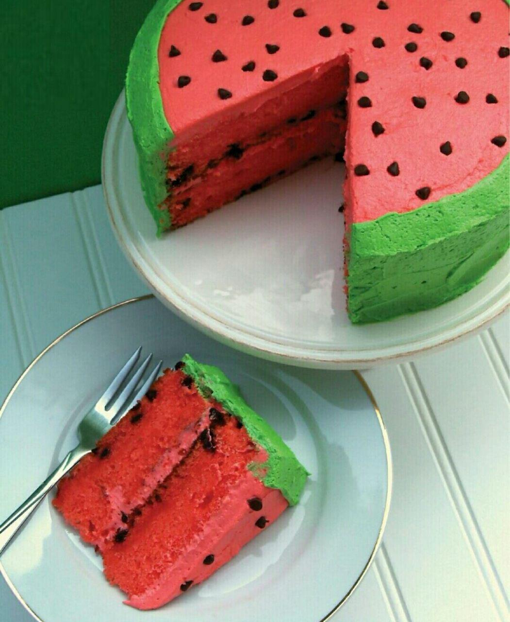 طرز تهیه کیک به شکل هندوانه
