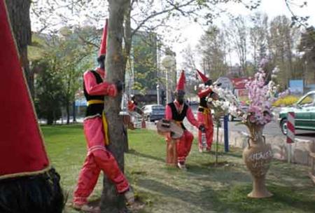 آیینهای نمایشی ایران , آداب و رسوم نوروز