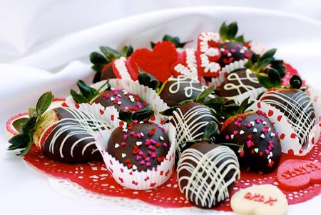 تزیین میوه با شکلات, تزیین میوه برای ولنتاین