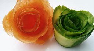 انواع تراش میوه,تزیین با تراش میوه,تزیین سالاد با تراش هویج,طرز استفاده از تراش هویج,قیمت تراش هویج,تراش خیار,کار با تراش هویج,تزیین هویج برای سالاد