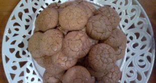 طرز تهیه شیرینی پفکی گردویی ( فیلم آموزش )