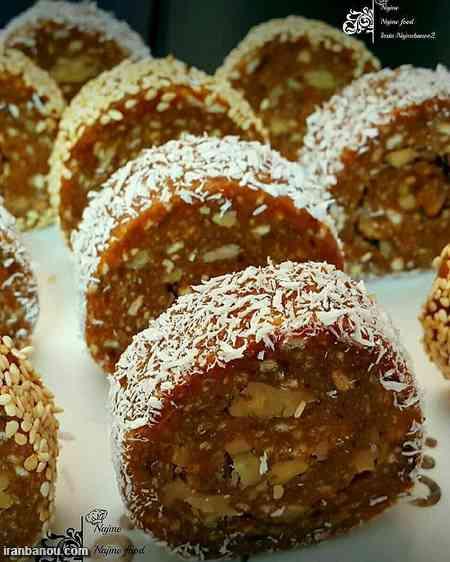 رولت خرما افطاری