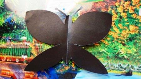 آموزش کاردستی پروانه به کودکان,کاردستی پروانه با مقوا