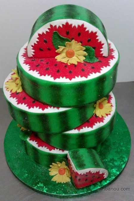 کیک شب یلدا با فوندانت