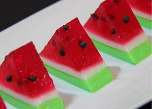 طرز تهیه ژله هندوانه ای برای شب یلدا