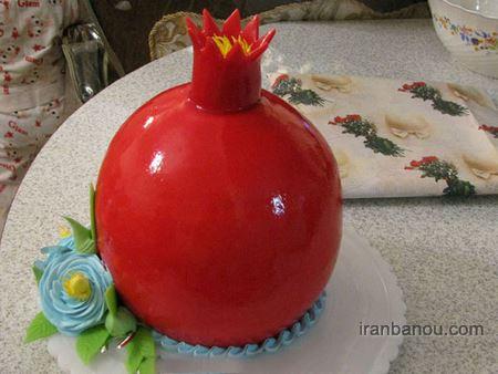 کیک شب یلدا به شکل هندوانه