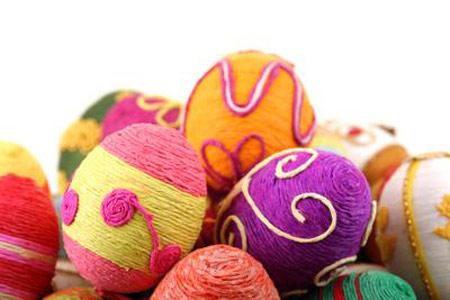 تزیین تخم مرغ،تخم مرغ هفت سین ،تزیین تخم مرغ با کاموا،سفره هفت سین ،هنر در خانه