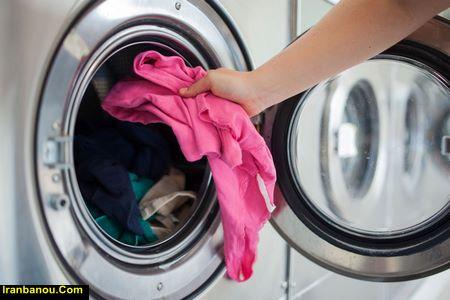 از بین بردن بوی نم لباس