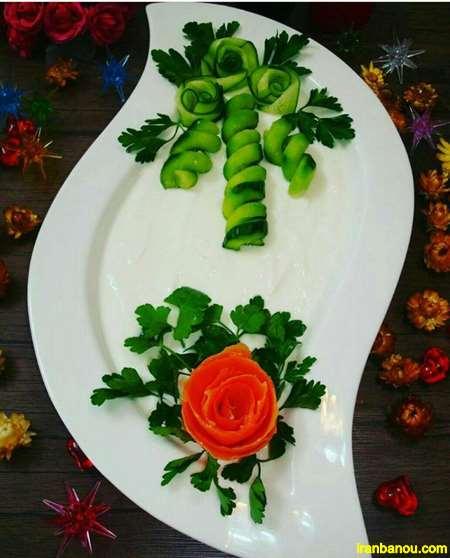تزیین ماست با گل محمدی