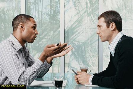 چگونه در جمع دوستان صحبت کنیم