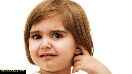 عوامل گوش درد نوزاد