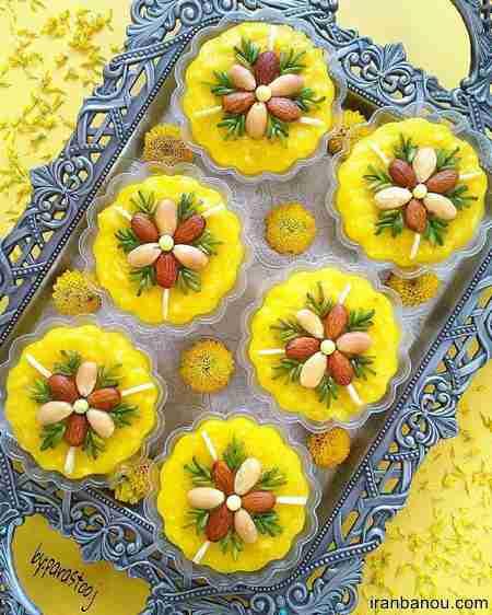 تزیین شله زرد با دارچین