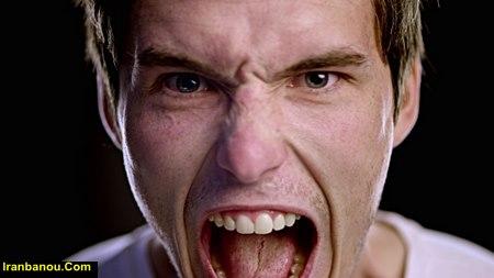 والدین شما برای کاهش عصبانیت یکدیگر چه کاری انجام میدهند؟