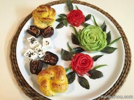 تزیین پنیر خیار گوجه