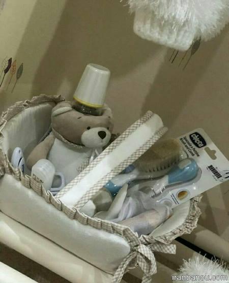 تزیین سیسمونی نوزاد دختر