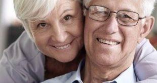 تقویت روحیه سالمندان