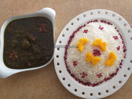 قالب زدن برنج برای مهمانی