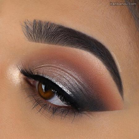 خط چشم برای چشمهای گود