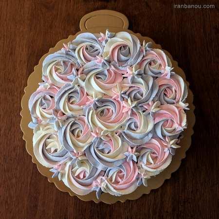 کیک تولد فانتزی صورتی
