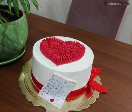 تزیین کیک سالگرد ازدواج در خانه