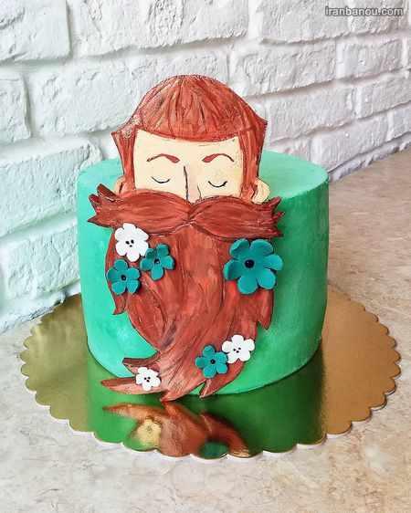 کیک روز مرد با فوندانت