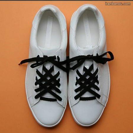 اموزش بستن بند کفش دو رنگ