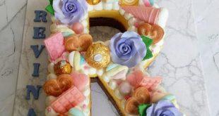 تزیین کیک با حروف انگلیسی