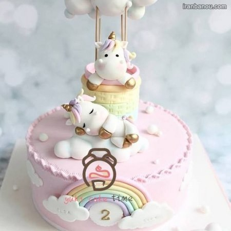 تزیین کیک اسب تک شاخ