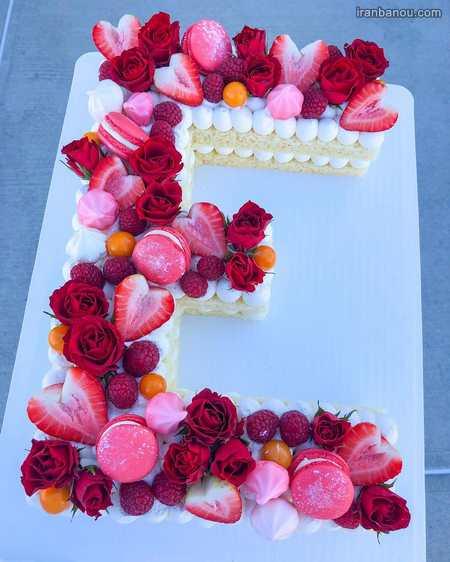 تزیین کیک تولد با حروف انگلیسی