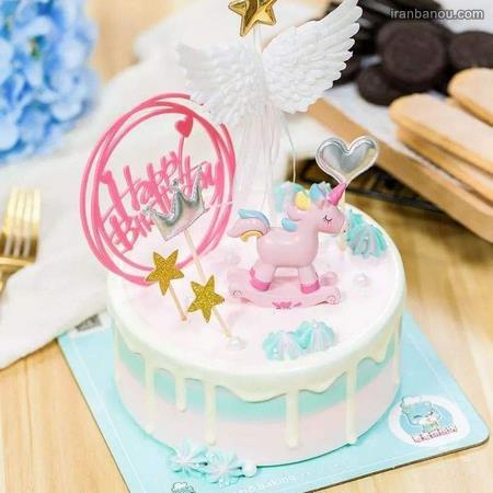 تزیین کیک اسبA تک شاخ