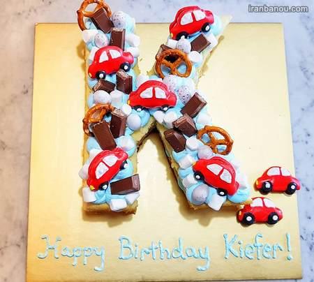 تزیین کیک با حروف الفبا