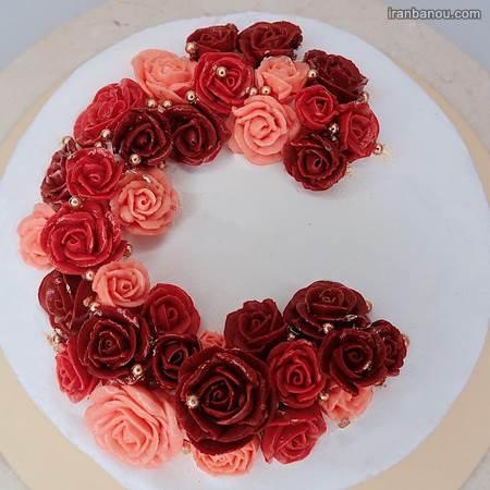 تزیین کیک حروف با گل