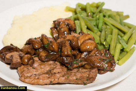 انواع غذا با فیله مرغ و قارچ