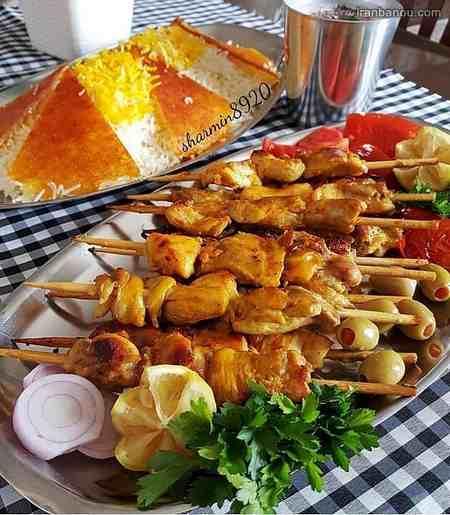 تزیین سفره غذا برای مهمان