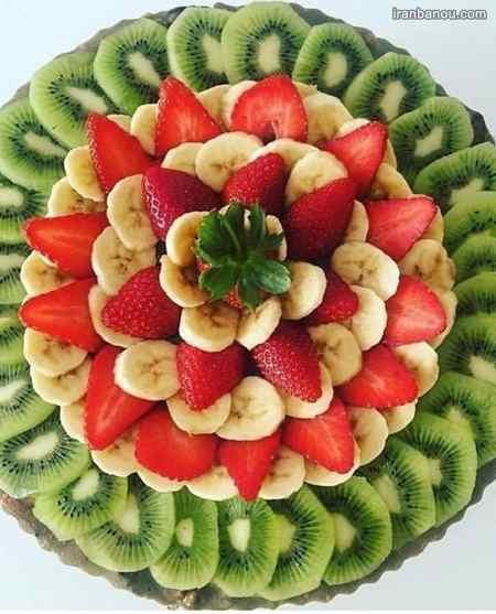 تزیین میوه با سیخ چوبی برای تولد