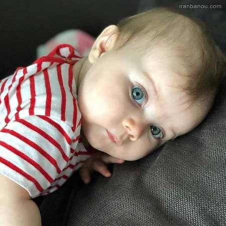 عکس دختر بچه ناراحت
