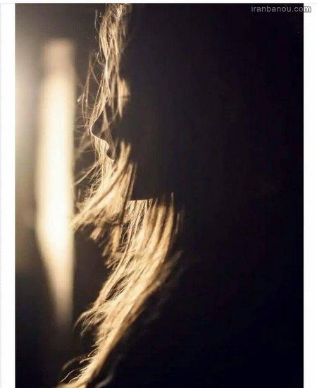 عکس دختر از نمای پشت سر