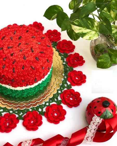 کیک شب یلدا برای مدرسه