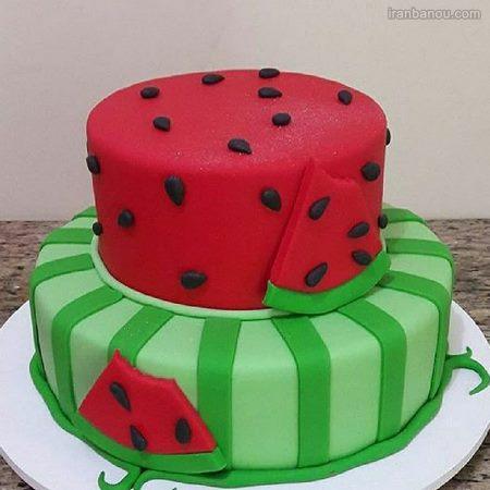 تزیین کیک به شکل هندوانه برای شب یلدا