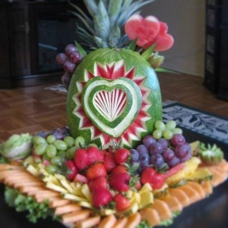 تزیین هندوانه شب یلدا با تور